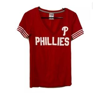 🌟5/$25🌟VS PINK Red Phillies Tee Size Small